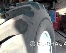 Llanta y Cubierta Agrícola Tractor Deutz 8 Agujeros.-