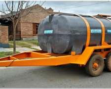 Acoplado Cisterna con Tanque Plastico para 4.500 Lts. 2 Ejes