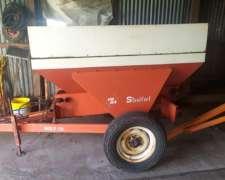 Fertilizadora Steelfert Impecable con Acarreador