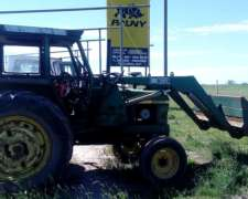 Tractor John Deere 2850 con Pala