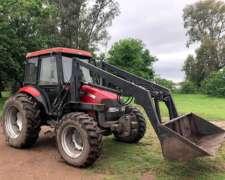 Tractor Case Farmall JX80 año 2011 con Pala