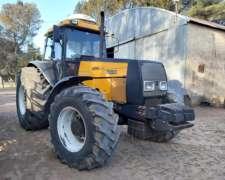 Tractor Valtra BH180 Rodado 24.5x32