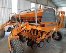 Sembradora Agrometal MXY 27 a 17.5 con Alfalfero