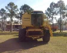 Cosechadora New Holland TC 59, año 2001