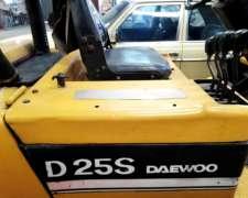 Autoelevador Daewoo D25s 4 Mts