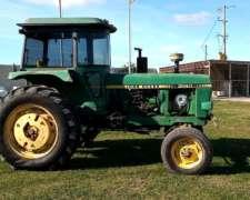 Tractor John Deere 3140, año 1988
