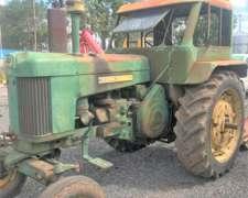 Vendo Tractor John Deere 730 con Toma de Fuerza y 3 Puntos
