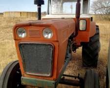 Tractor Fiat 650 con Hidráulico