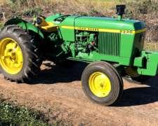 Vendo Tractor John Deere 2330 con Tres Puntos