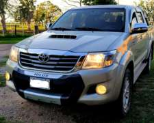Toyota Hilux 2012 4X4 AT