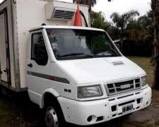Camion Iveco Daily 70.12 con Furgon Termico