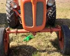 Tractor Fiat U25 con Tres Puntos Opcional Desmalezadora