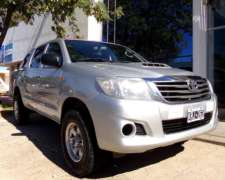 Hilux D/cabina 2.5 TDI DX Pack 4X4 año 2011 Impecable