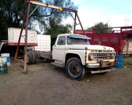 Vendo Camion Ford 600