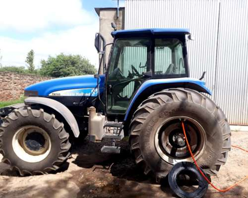 Tracto New Holland TM 165 2007