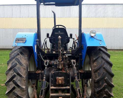 Tractor New Holland TL 85 .