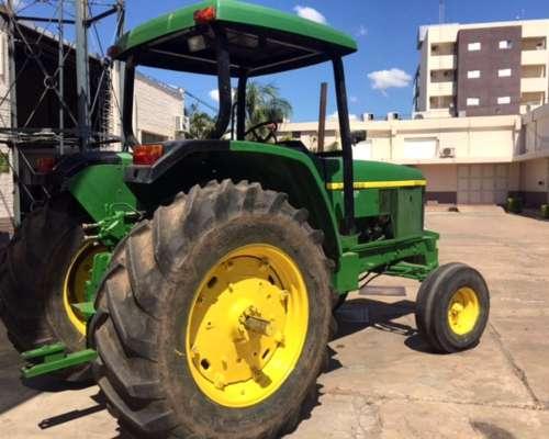 Tractor John Deere 6500
