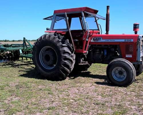 Massey Fergusson 296 con 140 HRS