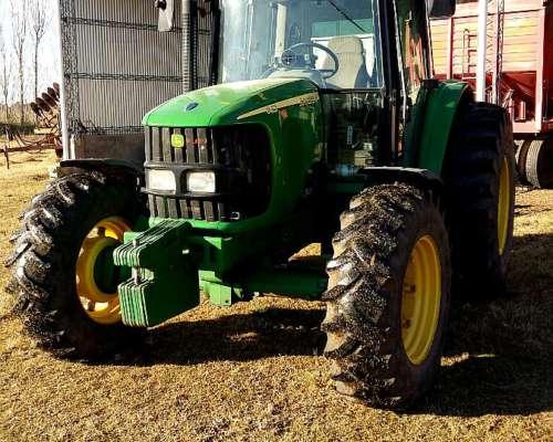 Tractorjohn Deere 6415 año 2009