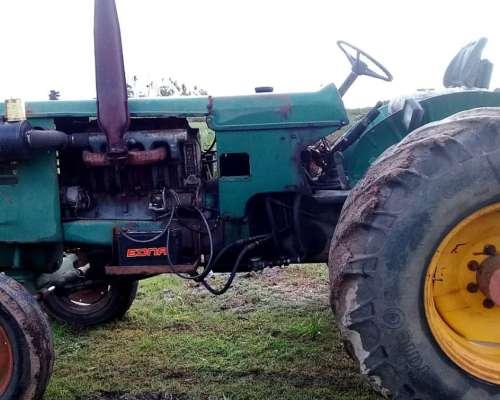 Tractor Deutz A85 sin Cabina
