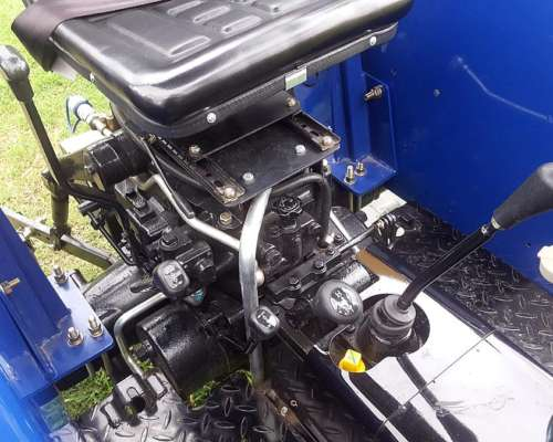Tractor Lovol Modelo TE250