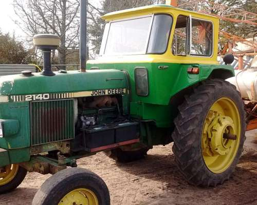 Tractor John Deere 2140 Tracción Simple