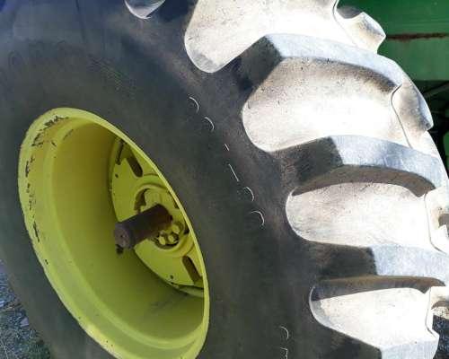 Tractor John Deere 3530, muy Bueno
