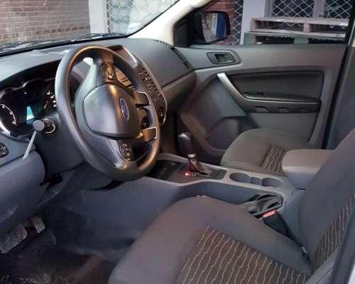 Camioneta. Ford Roger XLS 4X2 Automática 2016