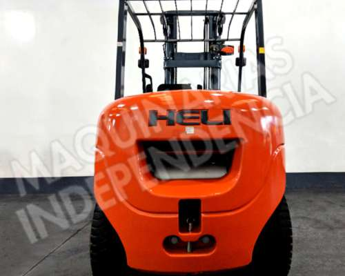 Autoelevador Heli 5000 Kg Diesel CPCD50 Duales Desplazador