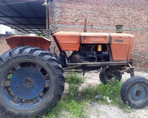 Tractor Fiat 700 Cañero