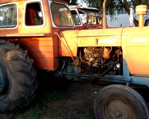 Tractor Fiat 700e Traccion Simple