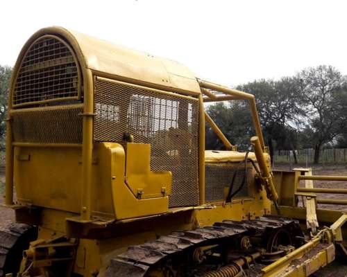 Topadora Caterpillar D5 para Desmonte