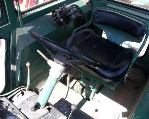 John Deere 4420 - con Motor a Estrenar - Rodado 23.1x30