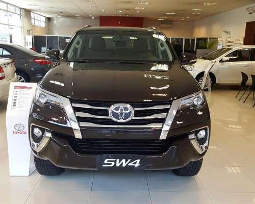 Toyota SW4 SRX AT 0km