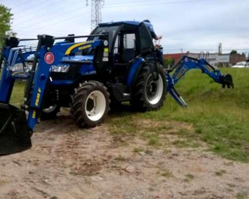 Tractor New Holland TD 75 F con Pala y Retro OM