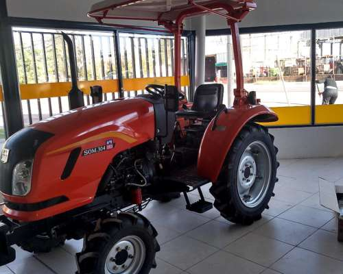 Tractor Someca 304 con Tres Puntos