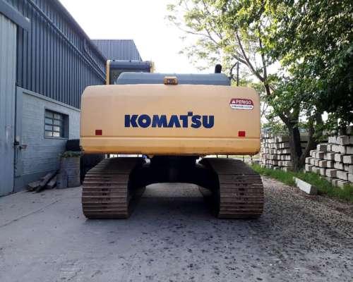 Excavadora Komatsu Pc200. Solo 400 Horas de USO