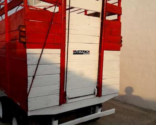 Carro Trailer Balancin, Largo 3.00 Mtrs 1.90 Engomado.