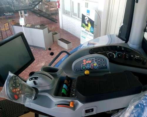 Tractor New Holland T8 380,nuevo
