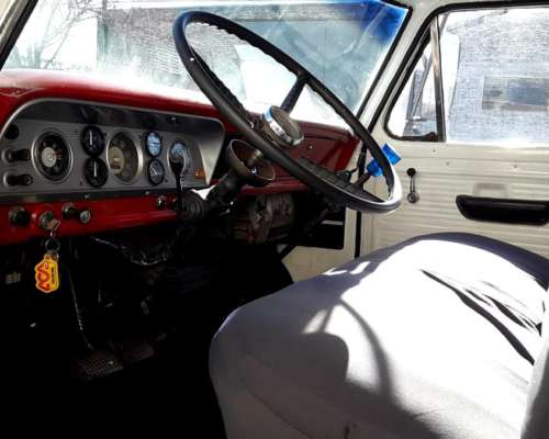 Ford 700 año 1973