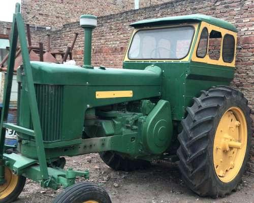Tractor John Deere 730 Todo Restaurado, Cubiertas Nuevas