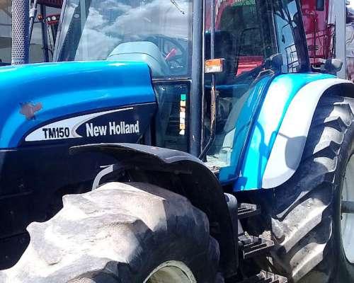 Tractor New Holland TM 150 Paton y 3 Puntos