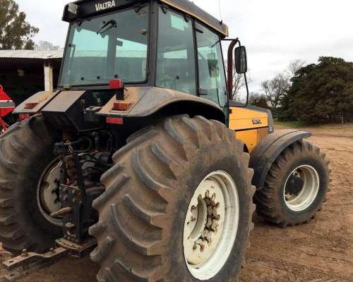 Tractor Valtra 180 Doble Traccion