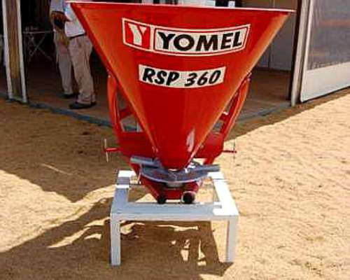 Fertilizadora Yomel RSP 360 Monodisco P/eng 3 Punt