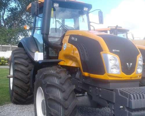 Tractor Valtra BT 210 con Piloto