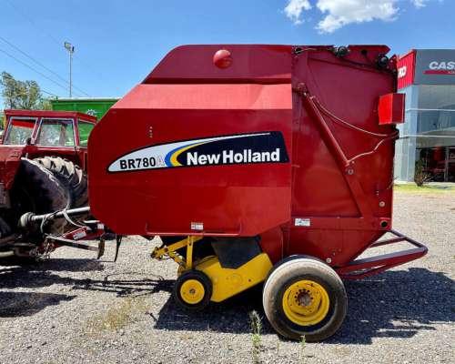 New Holland Br780a - año 2005