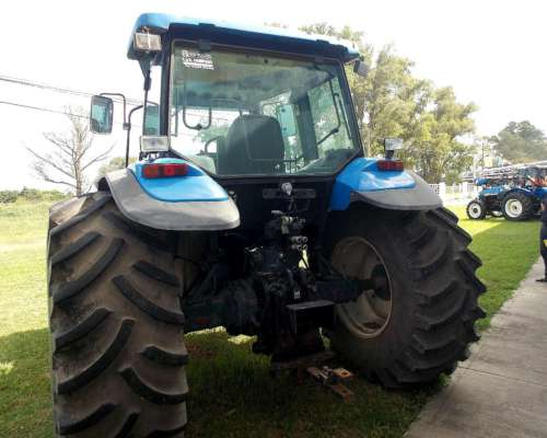 New Holland TM 150 - año 2007 (semi Powershift)