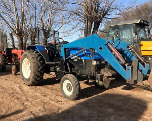 Tractor New Holland TL 75 C/ Pala
