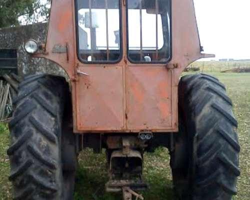 Tractor Fiat 800-e en Buen Estado de USO