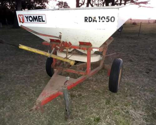 Vendo Fertilizadora Yomel 1050